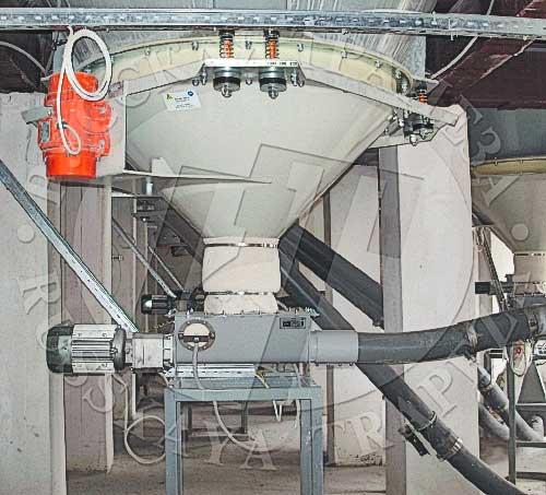Виброднище силоса и модуль загрузки транспортной системы